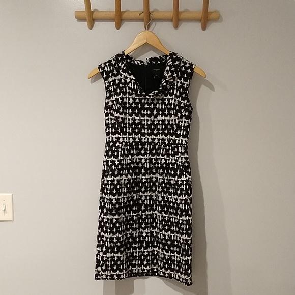 Ann Taylor Dresses & Skirts - Ann Taylor Cotton Black&White Dress size 0